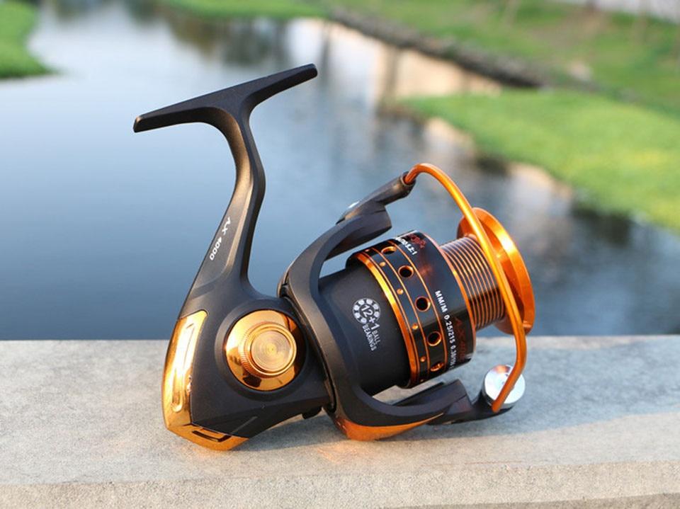 Spinning Fishing Reel 12BB + 1 Bearing Balls 500-9000 Series Metal Coil Spinning Reel Boat Rock Fishing Wheel 13
