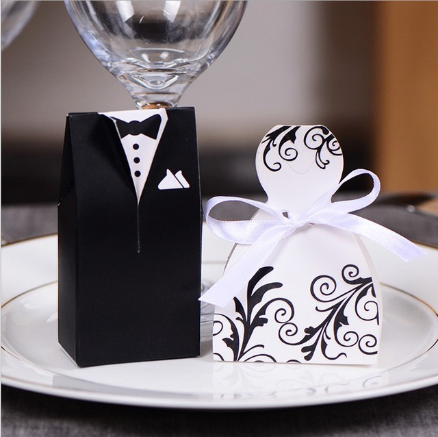 50pcs Wedding Favor Candy Box Bride Groom Invitations Gift Party Decoration Chocolate
