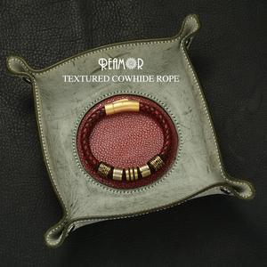 Image 3 - REAMOR 8mm אדום קלוע מלא תבואה עור גברים של צמיד נירוסטה הניצוץ זהב חרוזים סגולה צמידי צמיד תכשיטים