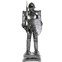 Shield Warrior Armor Hero Retro Iron Ornaments Knight Decoration Best Gift Handmade Crafts -A