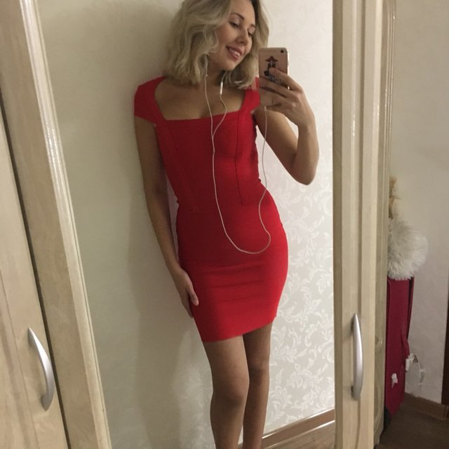 2017 High Quality Women Fashion Sexy Miranda Kerr Red Rayon party Dresses  cap sleeve vestido red Bodycon HL Bandage Dress 889016026102