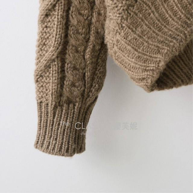 loose collar sweater female short bat sleeves wind rough woolen coat thickening 3