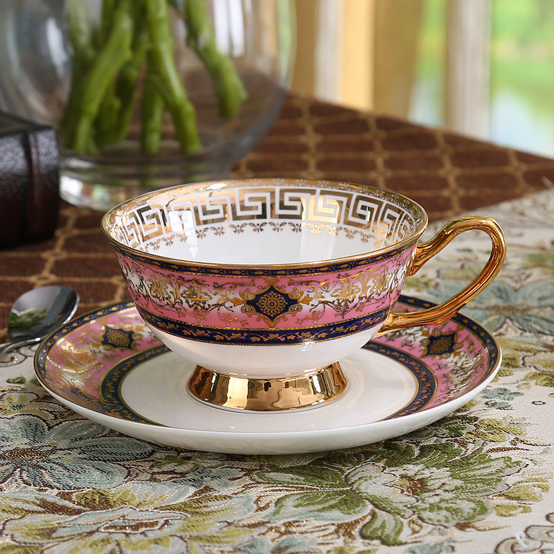 c01603d9fe7 US $23.5 15% OFF|European style coffee cup suit English bone China tea tea  set ceramic lovers a cup of red tea cups -in Mugs from Home & Garden on ...
