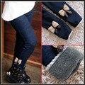 Nova Marca 2016 de Inverno Meninas De Pele Arco de Jeans de Algodão Crianças Calças de Casimira Crianças Elástico Na Cintura Legging Quente Por Atacado E Varejo