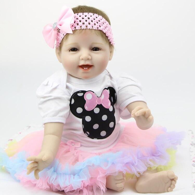 Ручной Reborn Baby Doll 22 дюймов 55 см мягкие силиконовые для маленьких девочек Улыбающееся новорожденных Куклы детей birthhday Рождественский подарок