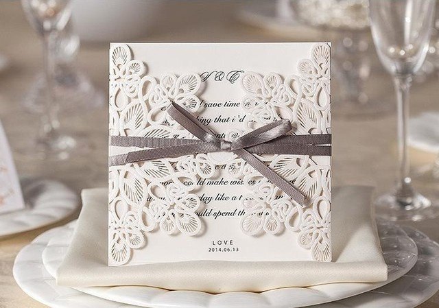 Personalized Elegant Floral Design Laser Cut Cheap Wedding Invitation Card White Color
