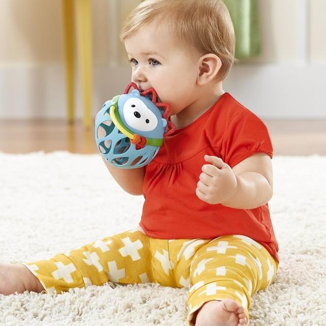 Alta Qualidade Softy Seguro Infantil Chupetas Mordedores Bebê Mordedor Dentição Silicone Esférico Escova de Dentes 4 P/L