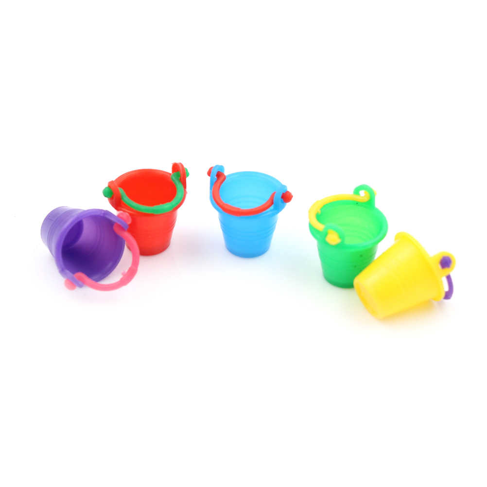 PretndPlay GameFairy DollhouseAccessories1: 12 ColourfulPlastic bucketMicroGarden ToolSupplies HomeKitchenDecor1.8 * 1.8*2.8 ซม.