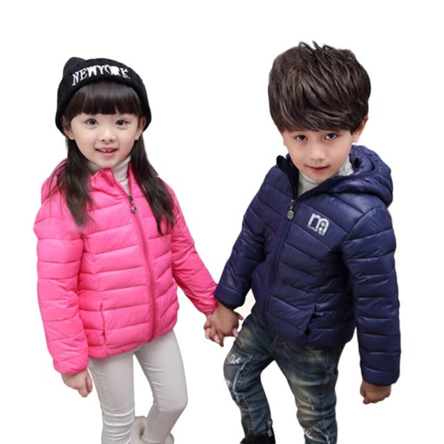 Мальчик и девочка ветрозащитный пальто дети мода куртки зима утолщение верхней одежды детей дополняется вниз хлопок одежда детские костюмы