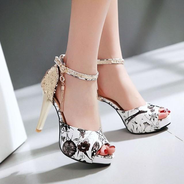 2016 Nova Moda Verão Impressão Vento Borla Sandálias Fivela Alta saltos Mulheres Peixe Boca Paltform Sapatos Maré Pequeno Tamanho Grande 30-43