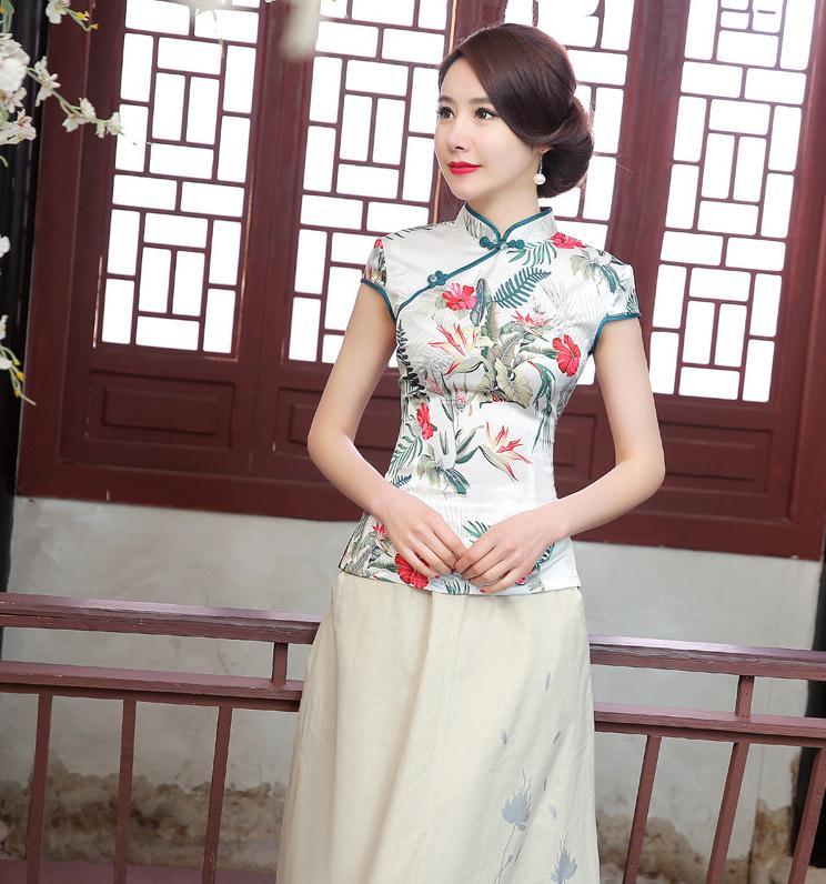 b59b6f1e295 Новое Прибытие Китайских женщин Традиционная Атласная Рубашка Летняя Блузка  Повседневная печатные Цветок Тан Костюм Топы