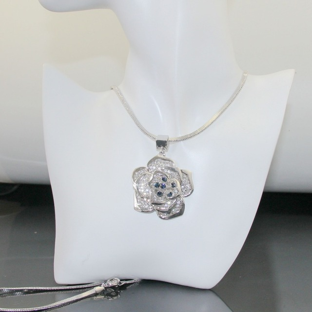 Silver Tone Rose Flower Pendant Necklace White Gold Plate Austrian Crystal Necklaces Collar Flores, Item NO.:  LN0184K3