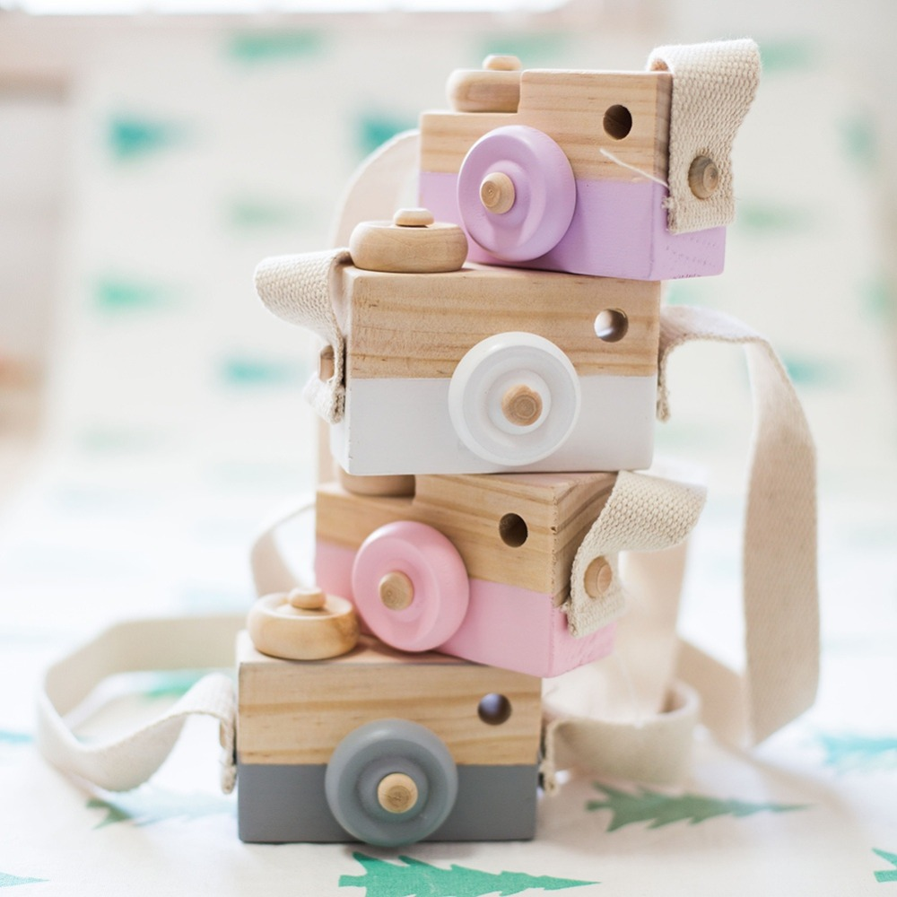 Mini Wooden Camera Cute Cartoon Baby Toy Kid Creative Neck Camera Photography Prop Decoration Educational Children Play House