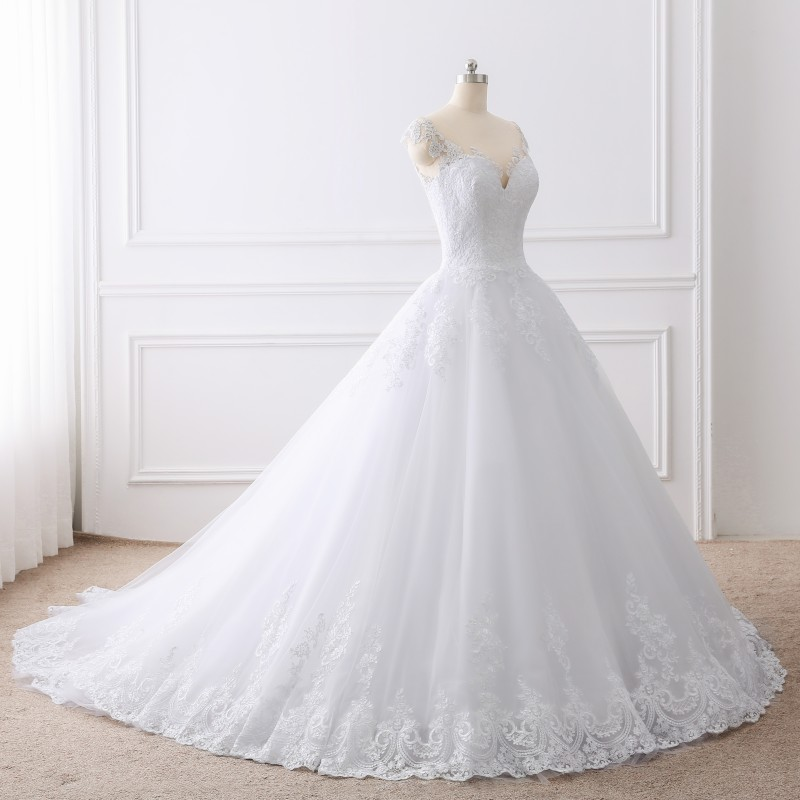 Lace Appliques Princess Luxury Cathedral Train Ball Gown Wedding Dress