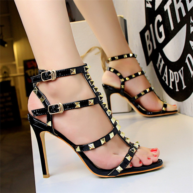 New Summer Ankle Rivet Buckle Fashion Womens Sandals Patent Leather High Heels Women Wedding Shoes Red Female Sexy Party PumpsNew Summer Ankle Rivet Buckle Fashion Womens Sandals Patent Leather High Heels Women Wedding Shoes Red Female Sexy Party Pumps