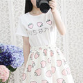 Estilo japonês Morango Doce Impresso T-shirt Das Mulheres T camisa 2017 New Arrivals Manga Curta O-neck Top Tees 40358