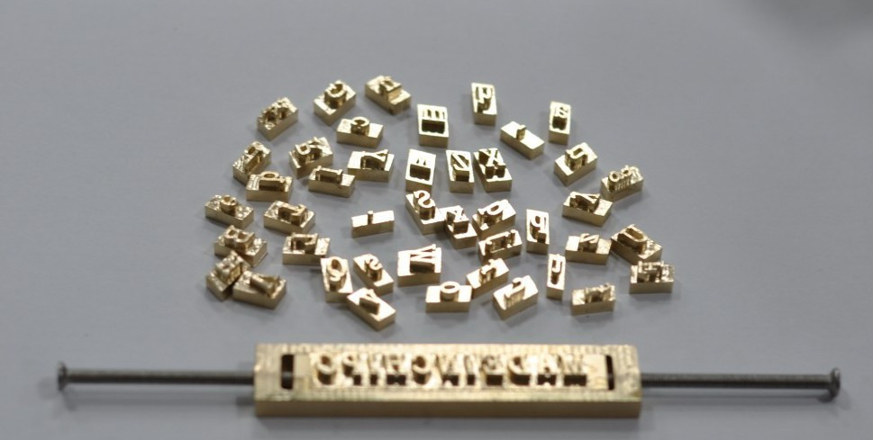 Brass flexible letters,CNC engraving mold ,hot foil stamping machine,number,alphabet,symbol customization font,Character mold household product plastic dustbin mold makers