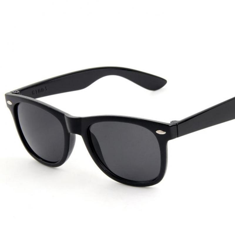 2016 Fashion Retro Plastic Black Men Sun Glasses Colorful Mirror Vintage Man Sunglasses Women Summer Uv400 Eyewear  Oculo De Sol