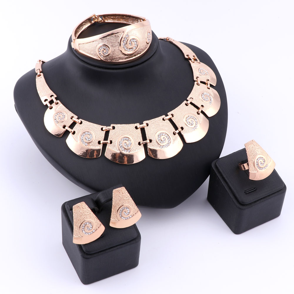 African Wedding Gold Plated Fashion Jewelry Sets For Women Necklace Earrings Bracelet Ring Imitation Crystal Trinket Accessories