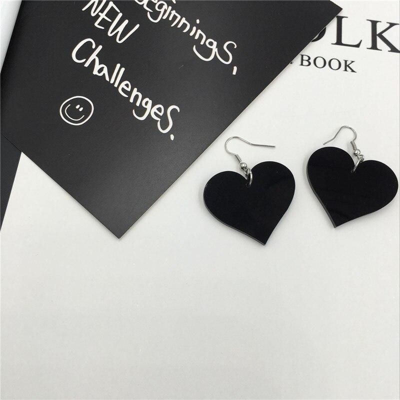 XQ Бесплатная доставка Новый Ретро милая девушка любовь сердца темперамент yakeli модные серьги для женщин Рождество подарок