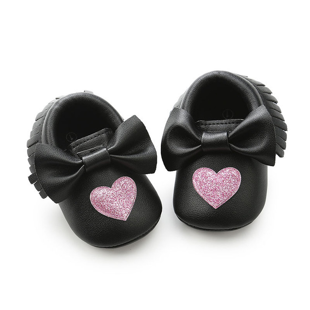 Aliexpress.com   Buy 2018 Hot Sale heart Fringe Baby Moccasins Soft ... 03d37d18b6a1