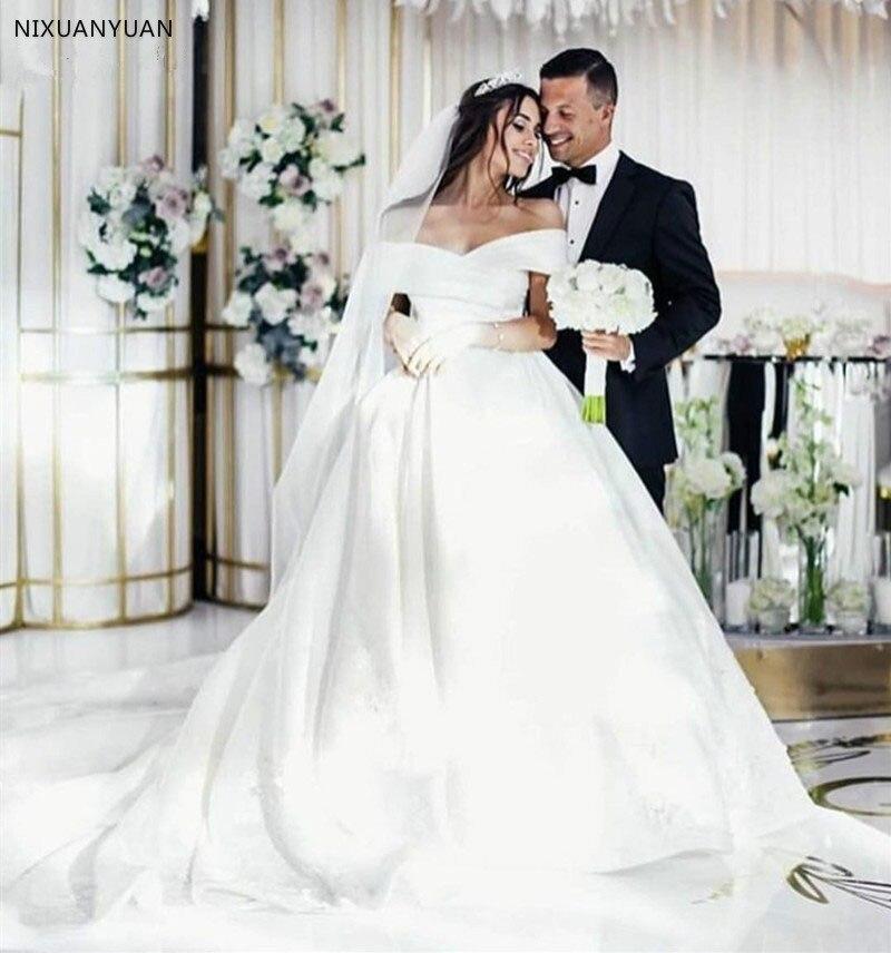 Vestido De Noiva 2020 White Satin Wedding Dresses Off Shoulder Sweetheart Ball Gown Puffy Wedding Gown Saudi Arabic Bride Dress