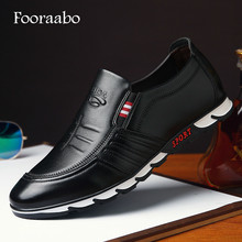 Luxury Brand Casual Shoes Men Loafers Moccasins Handmade Slip On Flat Men Shoes Leather Spring New Fashion Male Boat Shoes Black