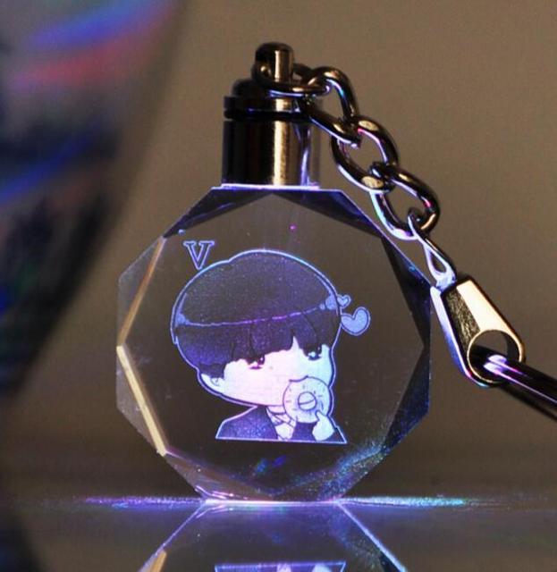Брелок светодиодный кристалл к-поп BTS в ассортименте 2