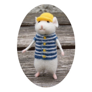 Image 5 - 2019 Women Lovely Mice Mouse Handmade Animal Toy Doll Wool Needle Felt Poked Kitting DIY Wool Kits Package Non Finished