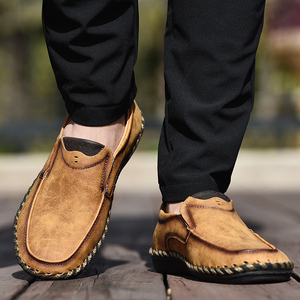 Image 4 - Men Casual Shoes Loafers Sneakers 2020 New Men Fashion Leather Comfortable Loafers Casual Shoes Zapatos De Hombre Men Shoe