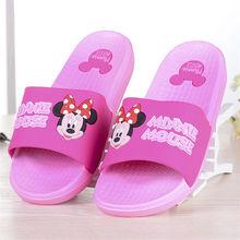 ab5f81fff8 Disney novas sandálias de verão e chinelos feminino Mickey bonito dos  desenhos animados chinelos em casa