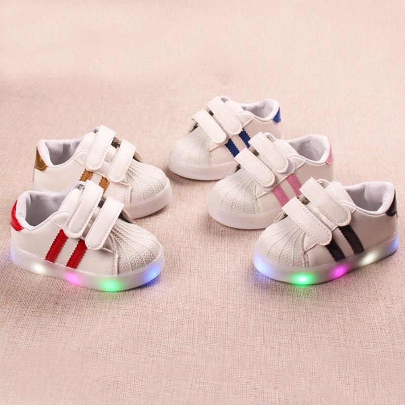 все цены на High quality infant tennis fashion children shoes cool baby boys girls shoes LED lighting Hook&Loop solid kids sneakers footwear онлайн