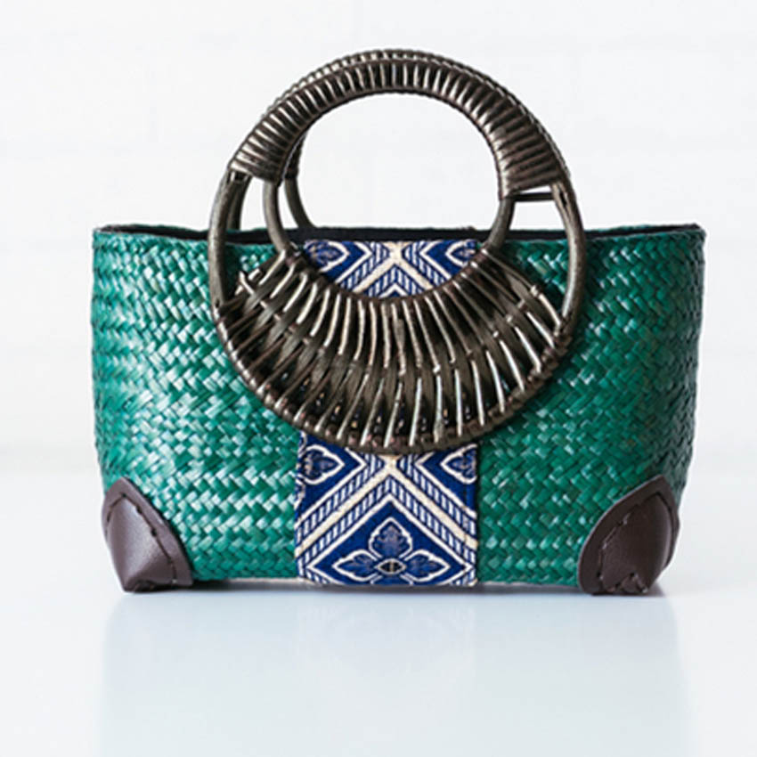 Europe and the United States wind bamboo knot handbags handbags seaweed knitwear fashion retro fashion ladies handbags кукла the united states and thailand y9969 frozen