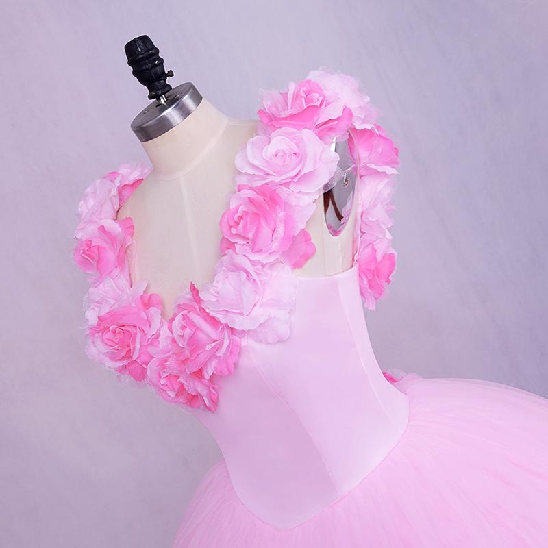 Beach Wedding Dress Bride Dress Pink 2018 SoDigne Lace Applique Wedding  Dress Newest Coming Bridal Gown ElegantUSD 148.19-155.49 piece ddeba9e5d567