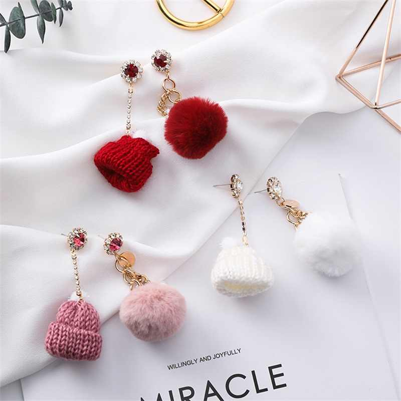 2019 Autumn and winter new knitted red hat hair ball asymmetric crystal earrings fashion Christmas gift for women female jewelry