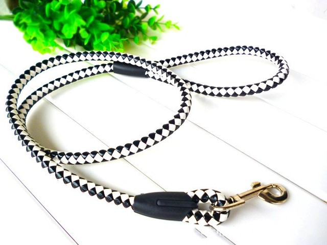 New 0.8CM small leather preparation leash / leash / dog rope dog chain knitting leather / Pet Supplies