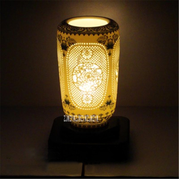 Creative Chinese Style Blue White Table Lamp Hollow Ceramic Table Lamp Modern Living Room Bedroom Bedside Table Lamp 110-240V
