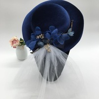 2018 Royal Blue Big Wedding Bride Hat White Veil Pleuche Velvet Fascinator Hat European Party Cocktail Derby Ladies Headdress