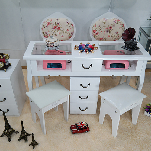 Simple nail manicure tables shop dedicated sets of low for Beauty table for nails