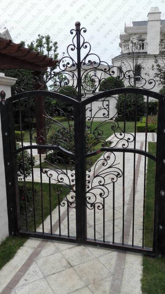Hench 100% Handmade Forged Custom Designs Patio Iron Gate Manufacturers