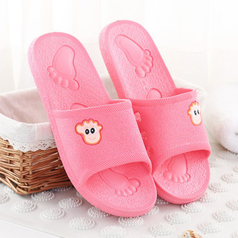 Summer PVC Bathroom Slippers Girls Cartoon Couple Sandal Indoor Cute Bathing Non-slip Female Slippers Use For Home Women Shoes women floral home slippers cartoon flower home shoes non slip soft hemp slippers indoor bedroom loves couple floor shoes