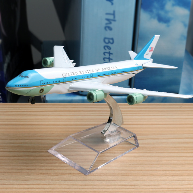 16cm 1:300 USA Airlines Boeing 747-200 Airbus Plane Model United State Alloy Model Aviation Aircraft Airplane Model Stand Craft