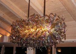 Styl artystyczny New Arrival tanie cena europejski styl ręcznie dmuchanego szkła LED żyrandol kwiat zaprojektowany kryształowy żyrandol w Żyrandole od Lampy i oświetlenie na