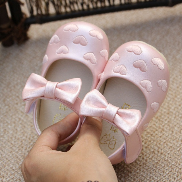 New spring 2016 In the fashion of the child of the baby first walkers PU leather shoes bowknot cradle for anti-skid shoes