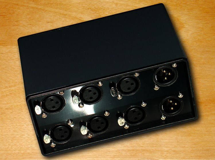 Lastest Stereo 3 ways Audio Signal XLR Balanced Input Switcher Converter Splitter Preamp