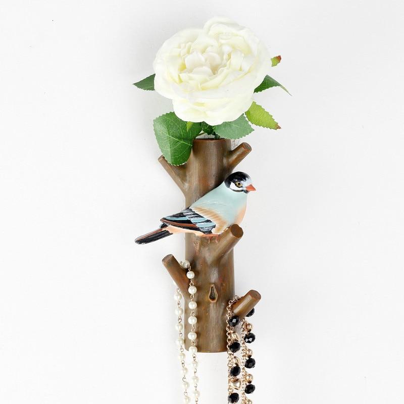 Velkoobchod Kreativní domácí dekorace Pryskyřice Manželství ložnice ložnice visí Pták květina Nástěnný hák Sparrow