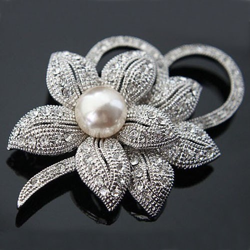 hot sell Vintage Style Rhodium Plated Clear Austria Krystaller Imitation Pearl Big Bow Broche til kvinder Bryllup Tilbehør
