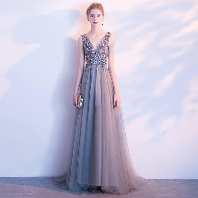 Fashion Grey V-neck Backless Beading Vestidos De Festa Luxury Crystal Sequins A-line Formal Long Evening Dresses Prom Party Gown