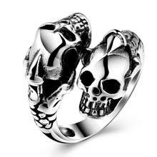 GOMAYA 2018 Hot selling Fashion Skeleton Mens Ring Rock Punk Jewelry for Cool Men Party Gift High quality