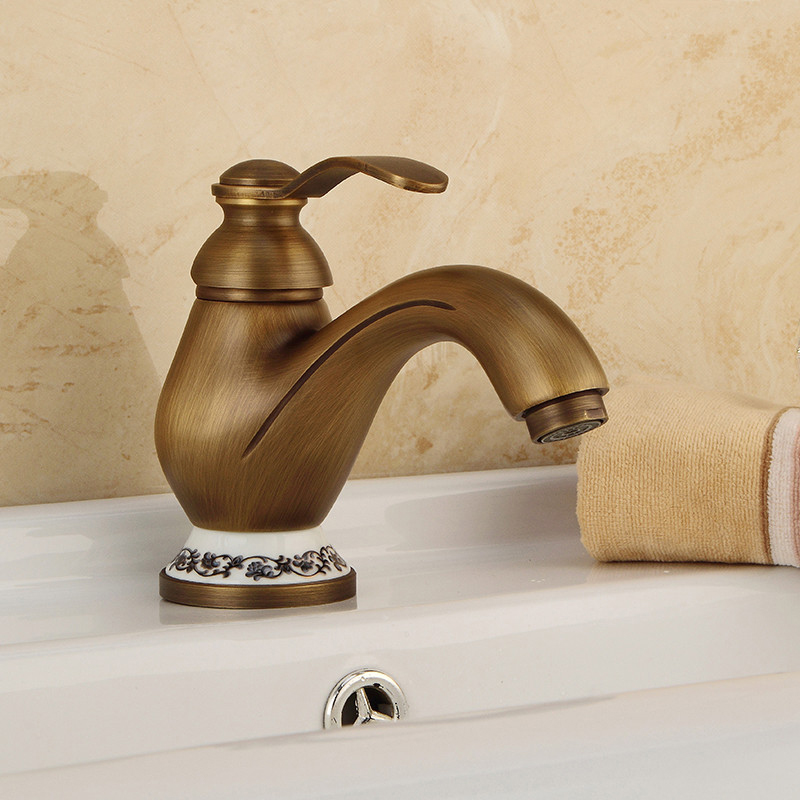 цена на Basin Faucets Classic Antique Brass Bathroom Sink Faucet Single Handle Hole Deck Mount Hot Cold Water Mixer Tap WC Taps 1025C